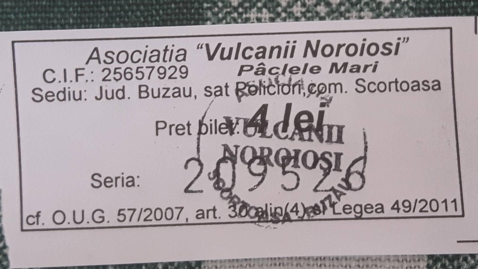 Volcan-de-boue-de-Berca_07-09-2018_01